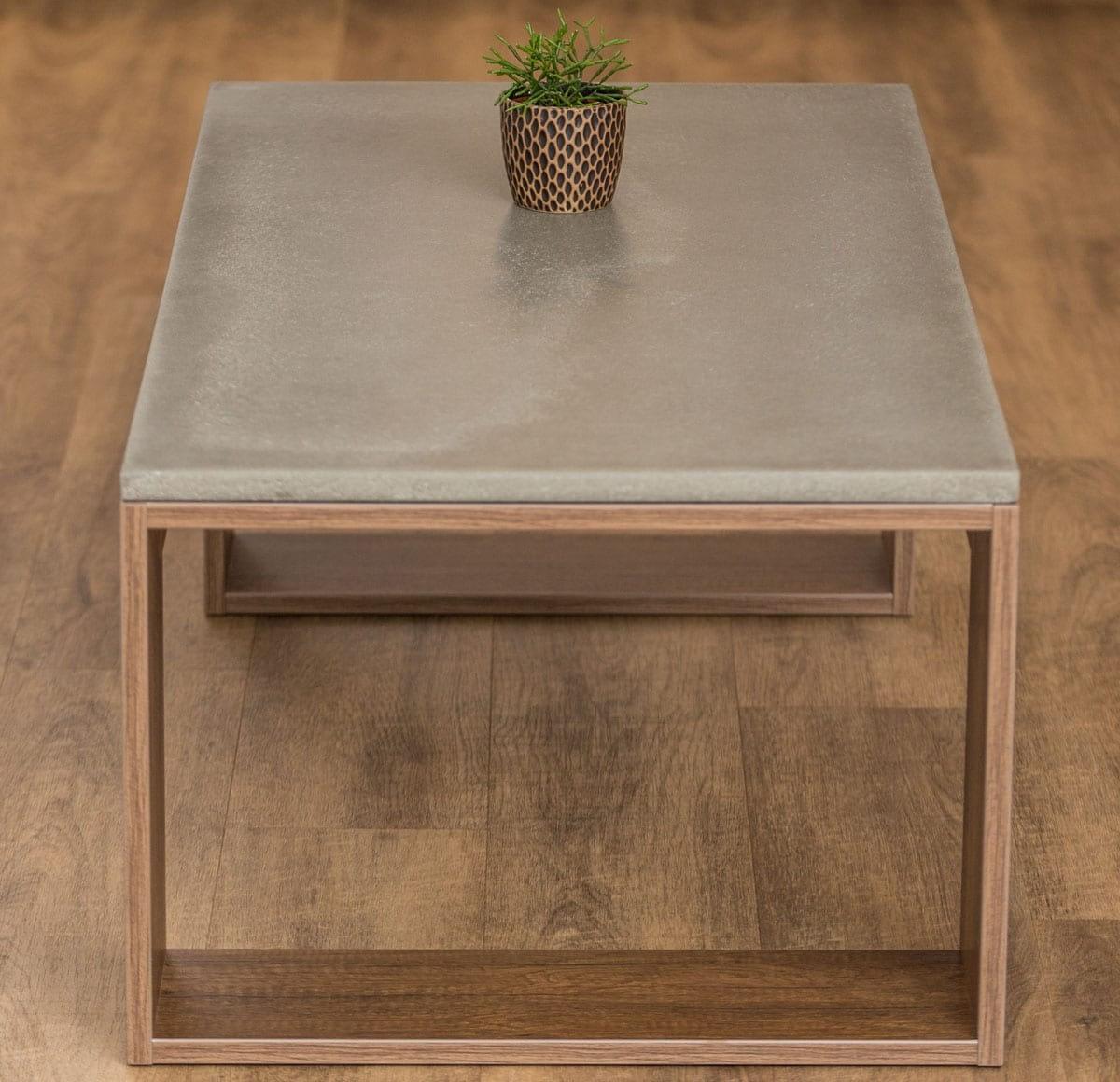 betoninis stalas